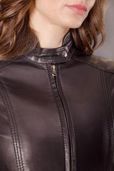 Куртка кожаная на молнии