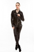 Короткая кожаная куртка на косой молнии _0