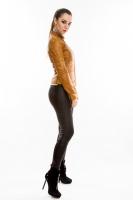 Короткая кожаная куртка на молнии_1