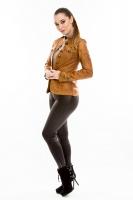 Короткая кожаная куртка на пуговицах_1