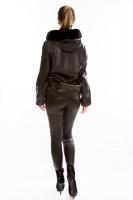 Кожаная куртка на молнии с капюшоном из меха песца_3