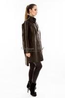 Длинная кожаная куртка на заклепках _1